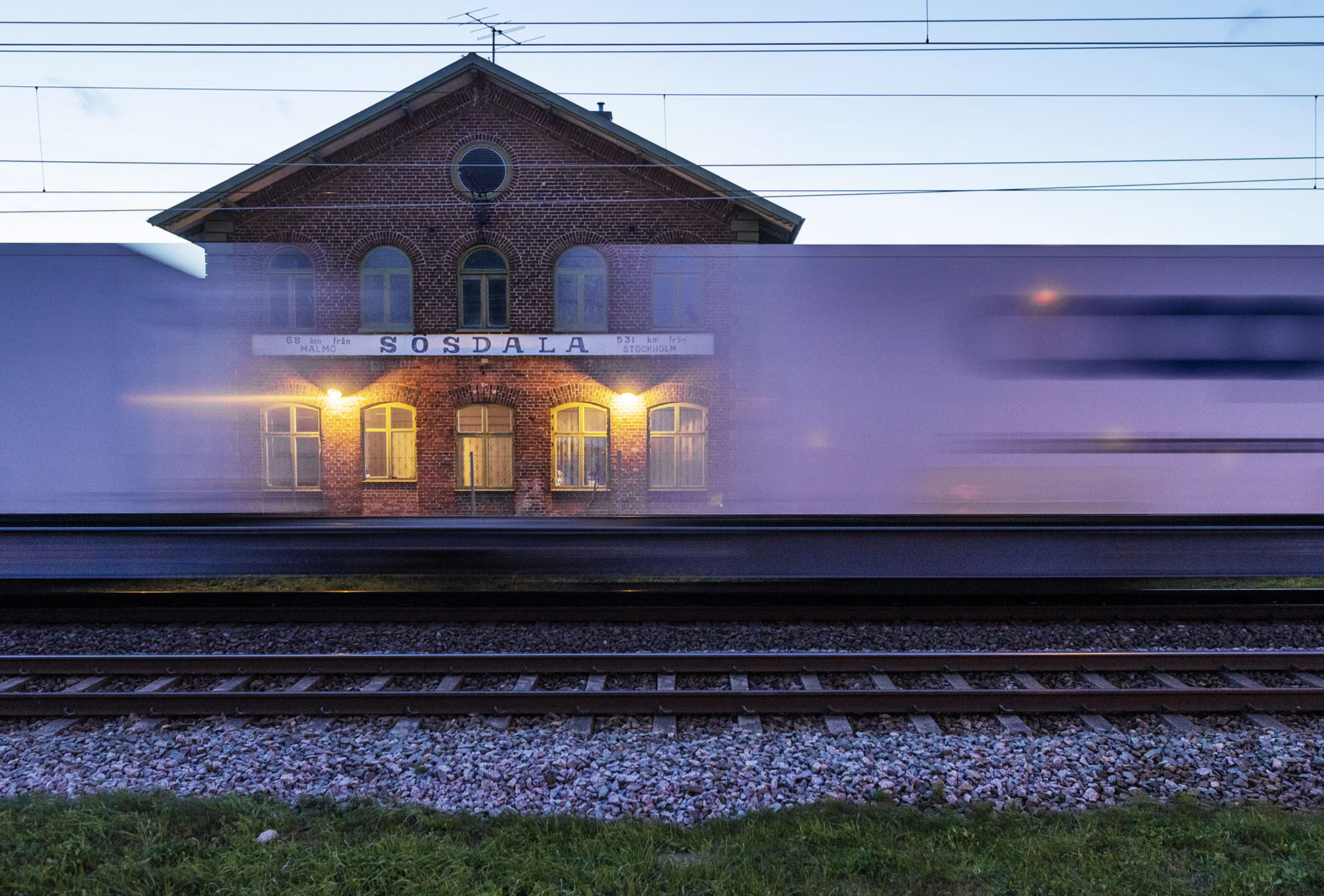 Sex järnvägsbyggen får klartecken