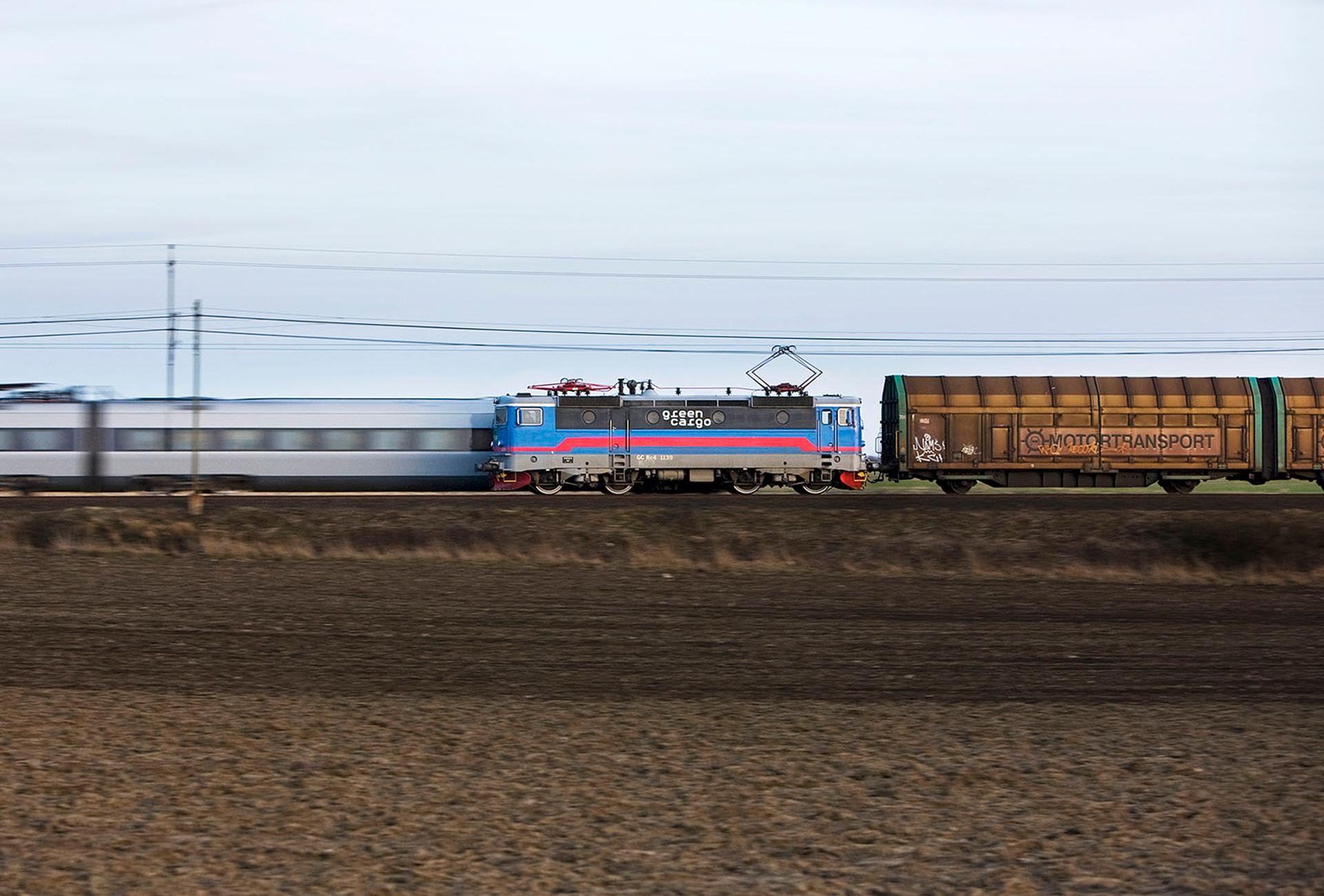 Tågen rullar åter för ICA